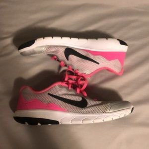 Nike women's/kids runners